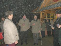 Zpívání u vánočního stromku